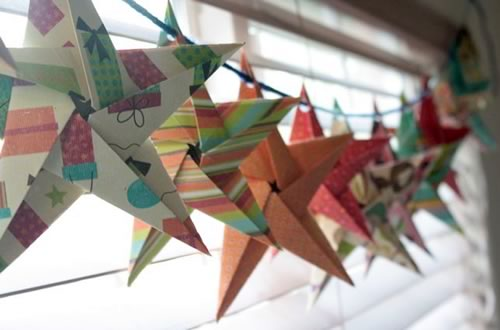 5-pointed-origami-star-garland-kerrie-500x330