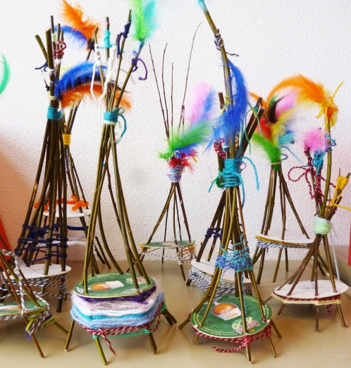 weaving-crafts-Tipi-