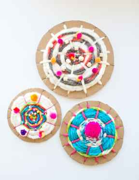 2-cardboard-circle-weaving-kids