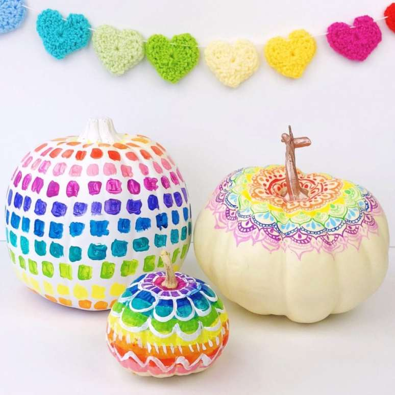 Rainbow-Pumpkin-Decorating-Ideas-1024x1024